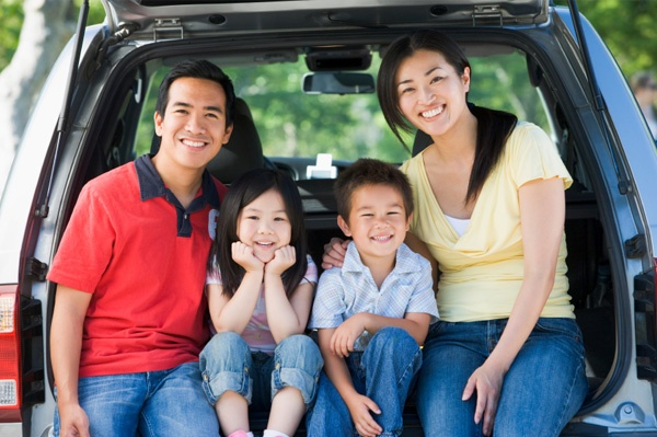 happy-family-in-car-on-vacation.jpg